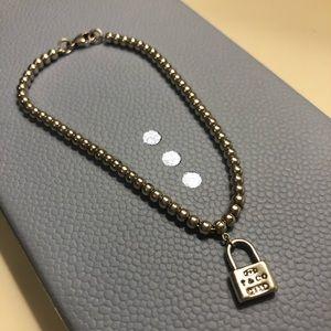 🚨Vintage🚨 Tiffany & Co mini lock bead bracelet